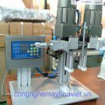Máy Đóng Nắp Chai Để Bàn – Giải pháp giảm bớt nhân lục cho các cơ sở sản xuất nhỏ – lẻ.